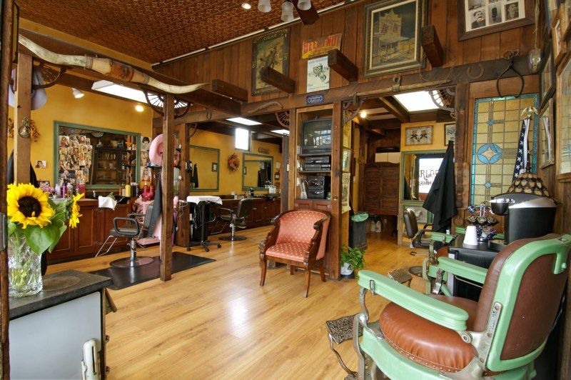 Now This Is a Barber Shop