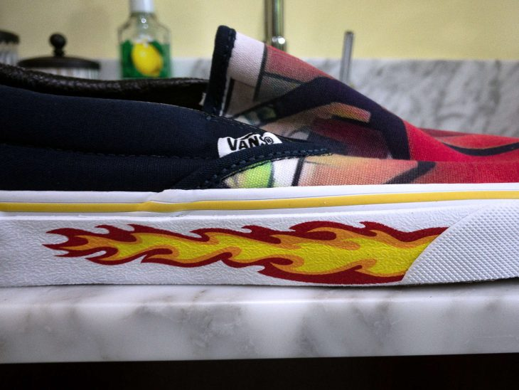 Vans Sideview Flames