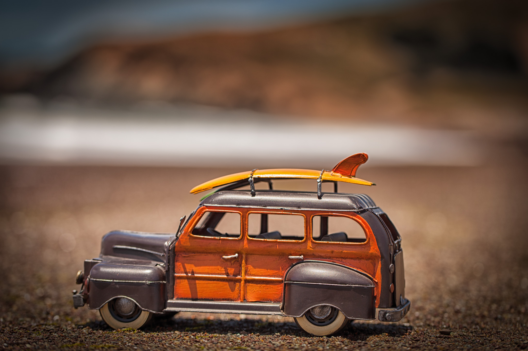 Macro Photography: Tin Car on the Ocean
